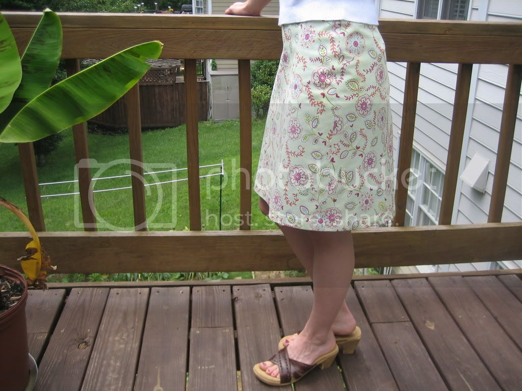 Green floral A-line skirt side view photo IMG_8127.jpg